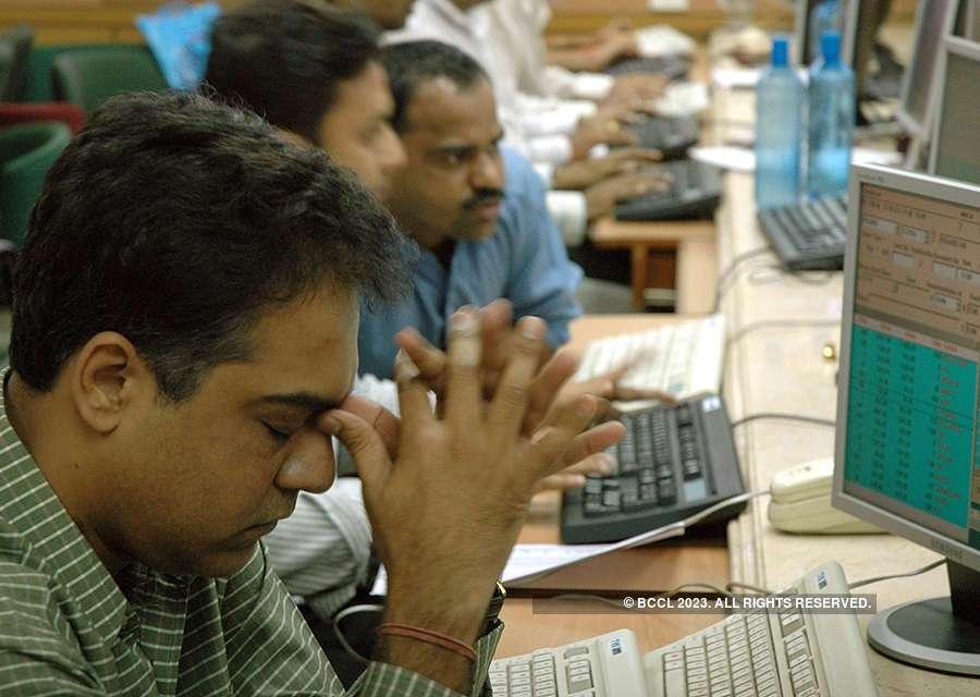 Investors lose nearly Rs 5 lakh crore