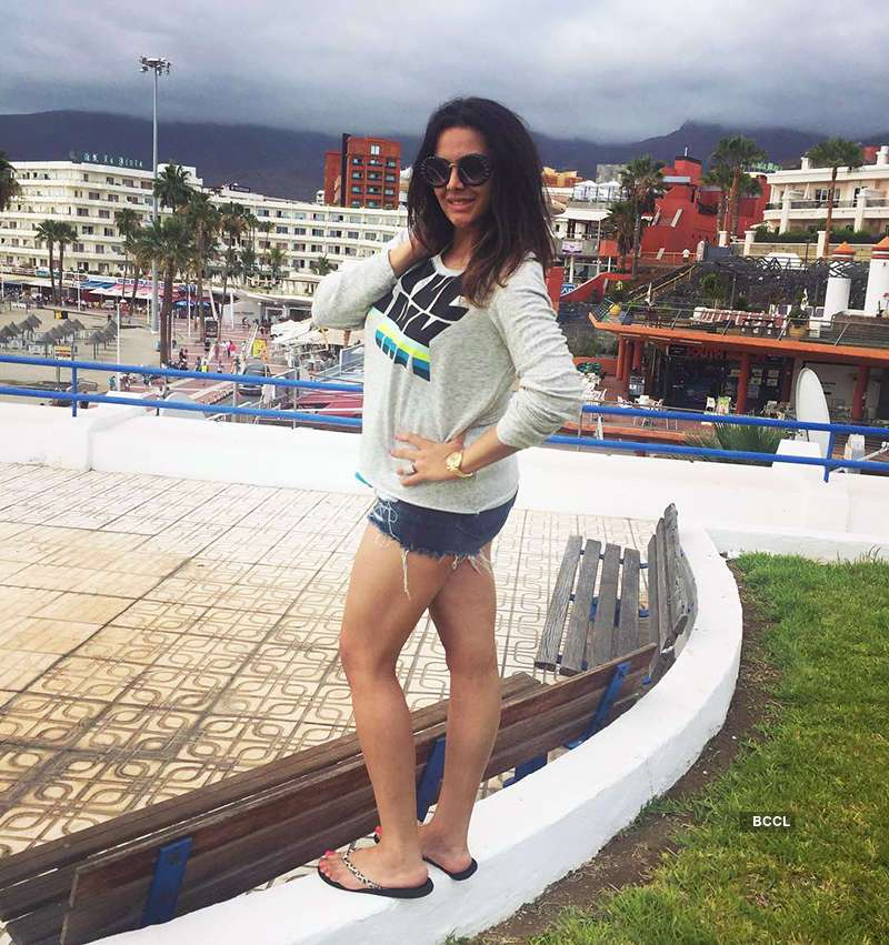 Trishala Dutt's hot photos