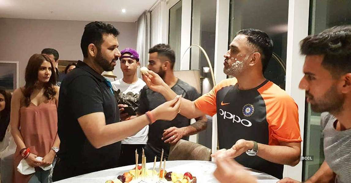 Virat Kohli and Anushka Sharma celebrate MS Dhoni's birthday in Cardiff