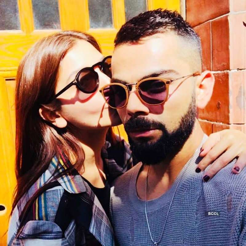 Anushka Sharma and Virat Kohli's pictures