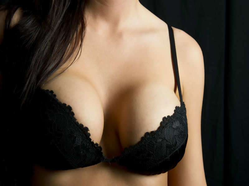 Why it is important to remove bra while sleeping  81d6879e2