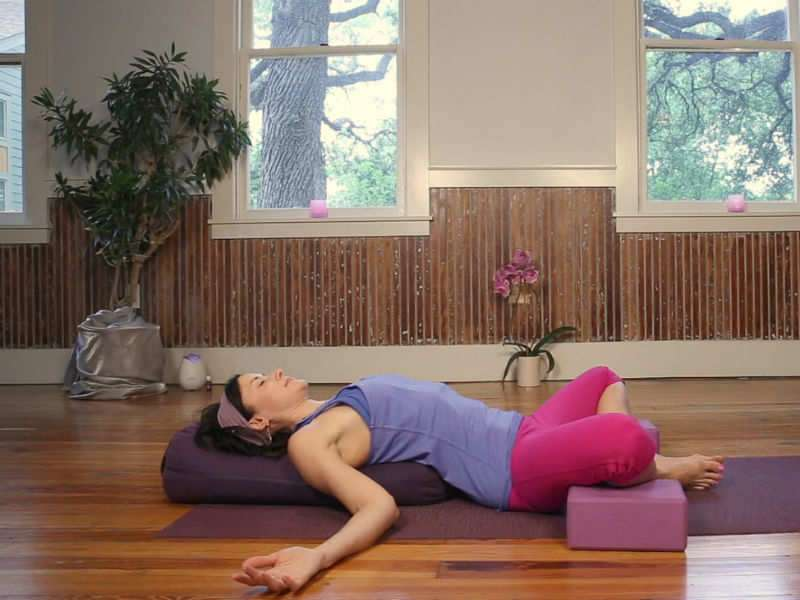 Yoga asanas that are also SEX positions | The Times of India