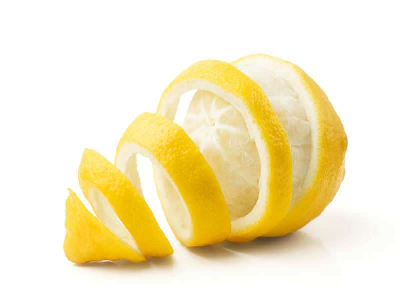 Here's why you should not throw away lemon peels | The Times of India