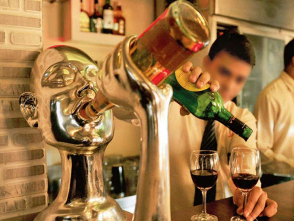 Punjab Punjab Cuts Liquor Rates Brings New Licence Policy