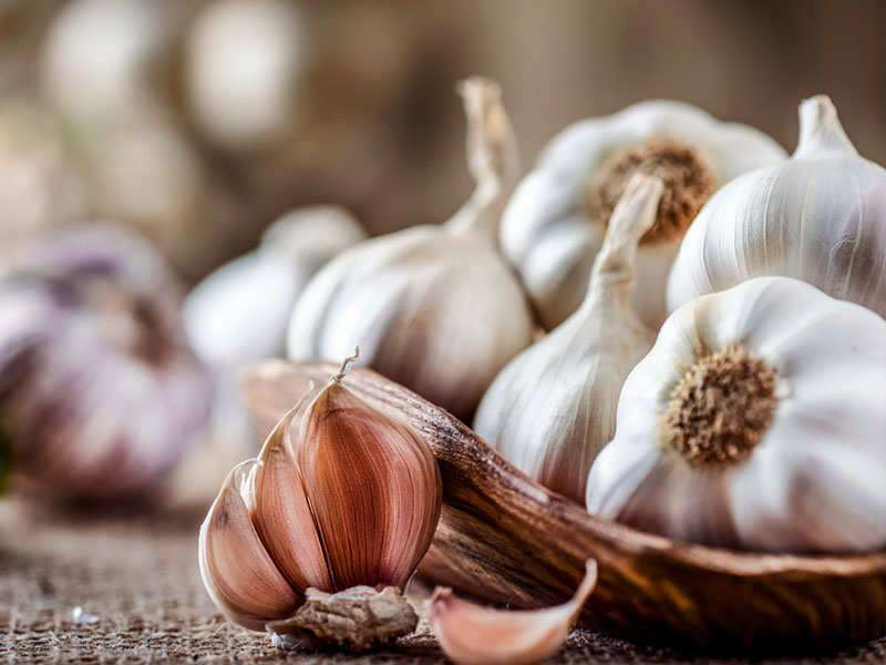 10 harmful effects of garlic that you should know