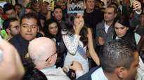Mexico welcomes their new queen  the reigning Miss World