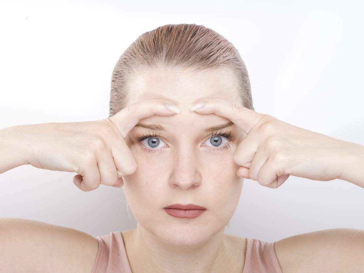 Reduce Face Fat: These 8 facial exercises will help you get