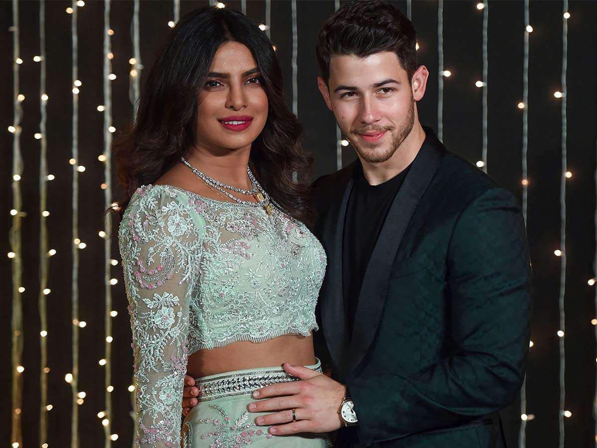 Priyanka Chopra And Nick Jonas To File For A Divorce Here S The Truth