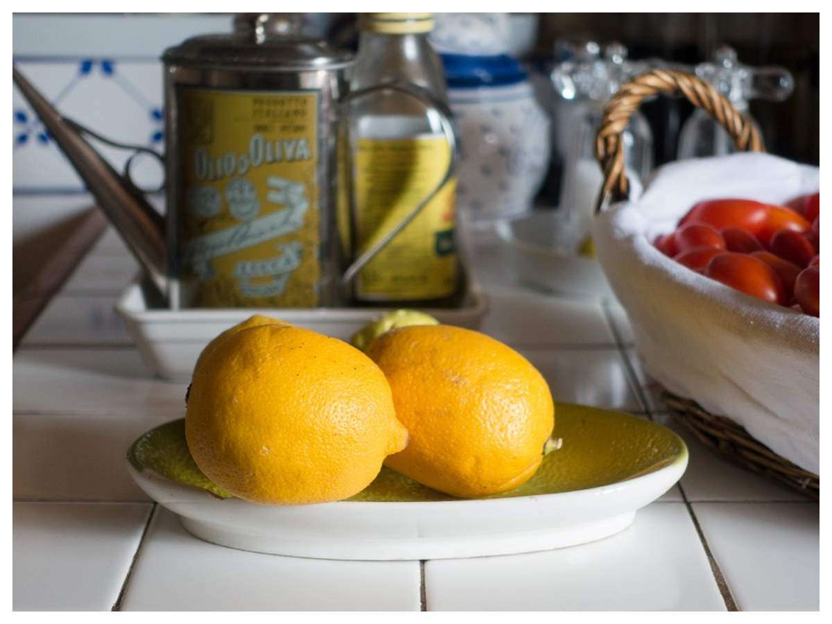 What is lemon pepper and how it helps in weight loss | The