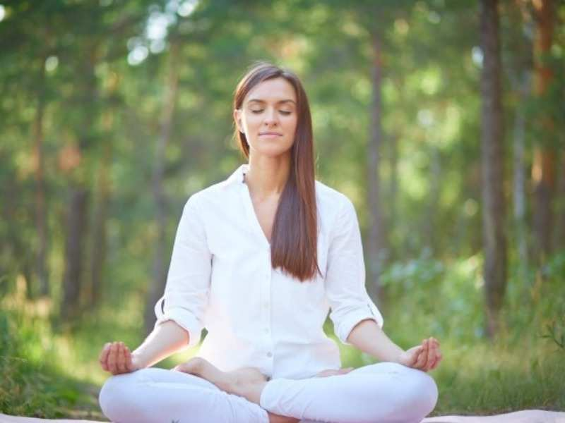 Meditation Tips For Beginners: Expert reveals simple ways to ease into  meditation