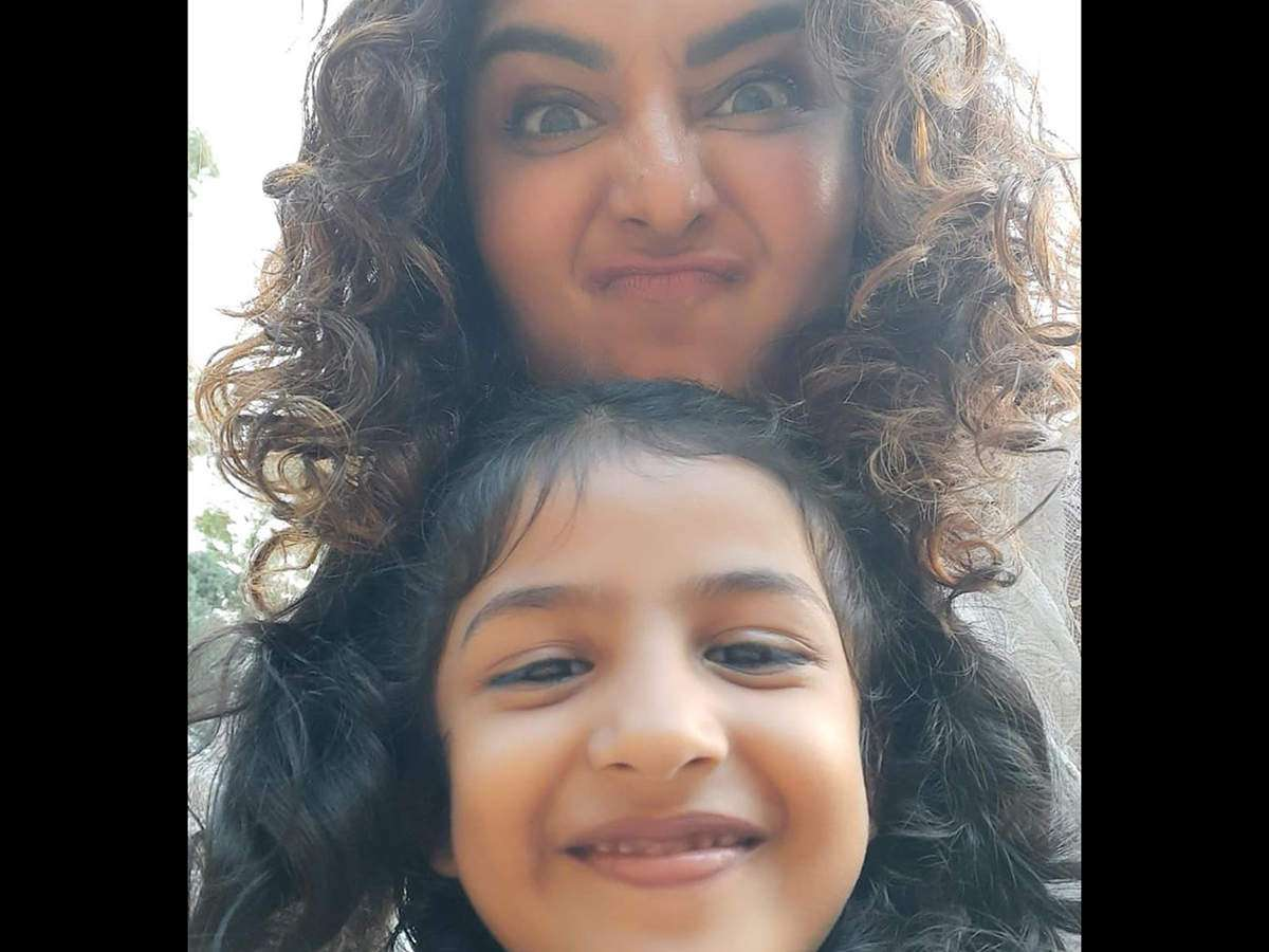 Manju Warrier S Selfies With Social Media Star Kutty Thennal Are Trending Online Malayalam Movie News Times Of India
